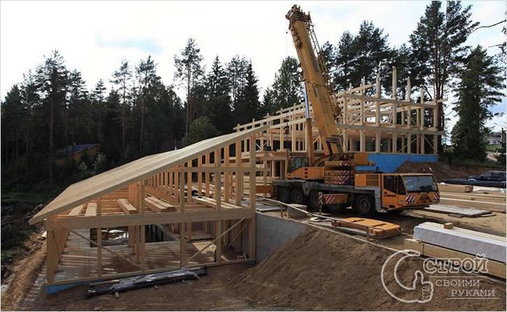 Этот дом строится по фахверковой технологии