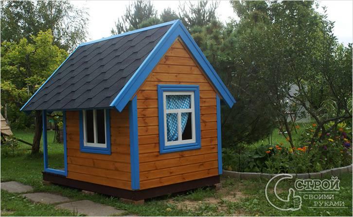 Построим домик из дерева