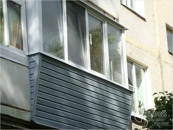 Балкон с выносом от пола
