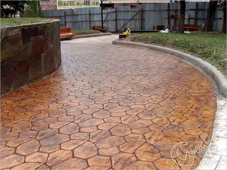 Садовые дорожки из печатного бетона