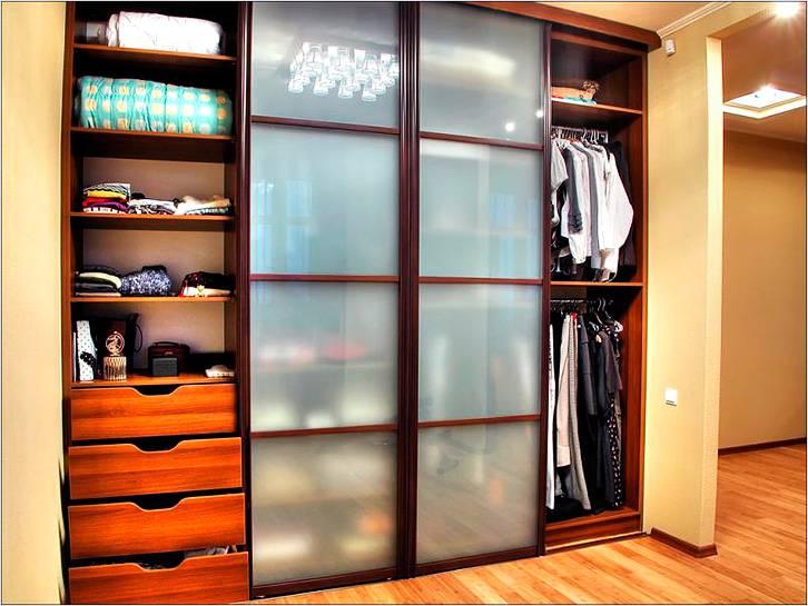 Встроенная мебель позволяет экономить место