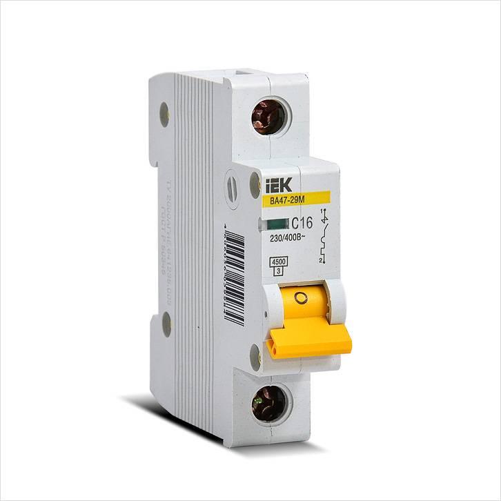 Автоматический выключатель на 16 А с характеристикой С