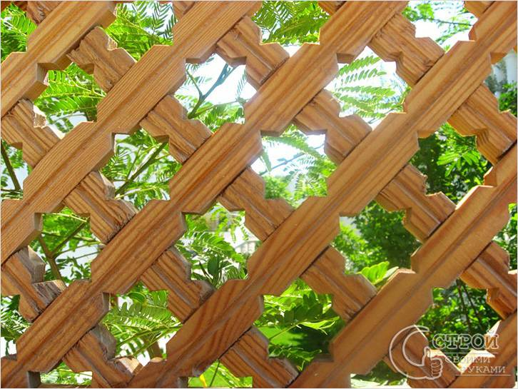 Резной решетчатый забор