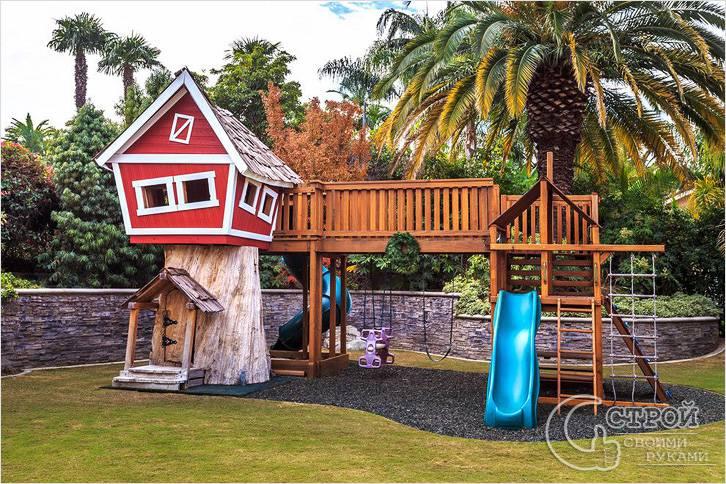 Детская площадка с игровым домиком