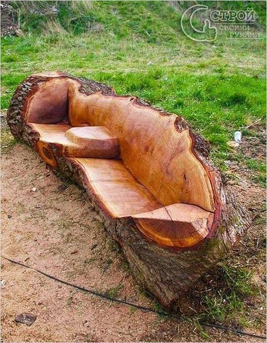 Скамейка из цельного куска дерева