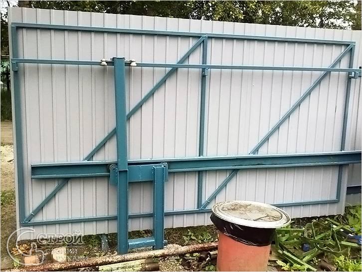Ручные откатные ворота