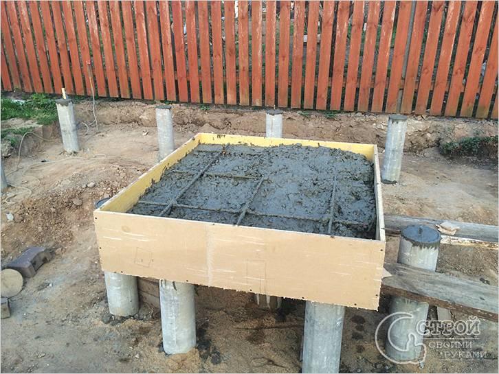Свайный фундамент для печки