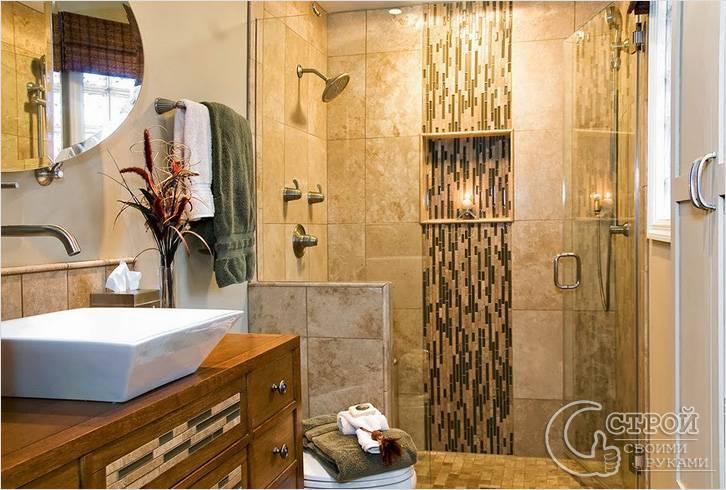 Элементы из мозаики в ванной
