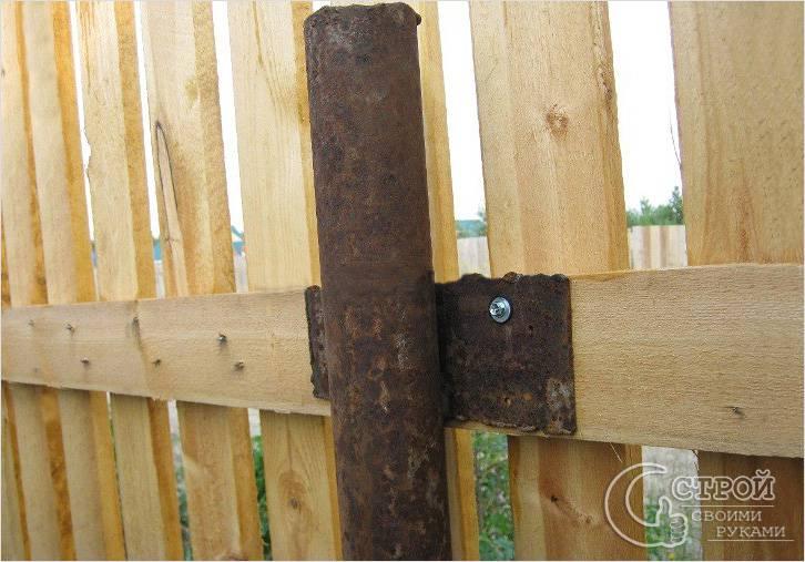 Крепление деревянных прогонов к металлу