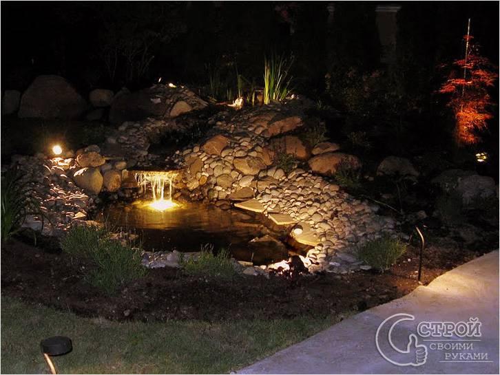Освещение искусственного водоема