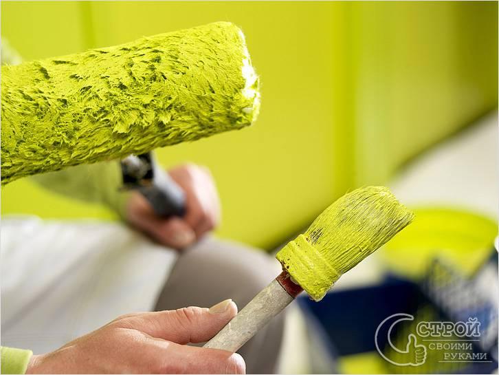 Покраска стен водоэмульсионной краской фото
