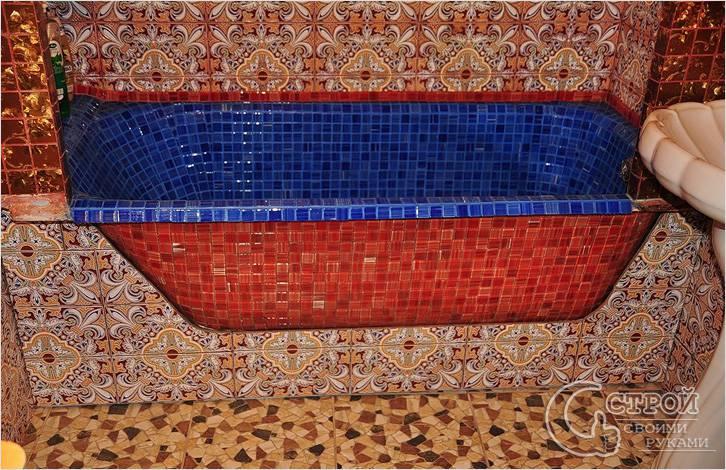 Ванна, выложенная мозаикой