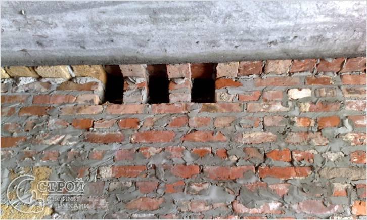 Устройство вытяжных каналов в доме из кирпича